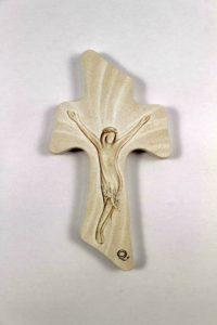 Crocifisso moderno in serigrafia su legno.