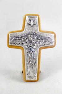 Crocifisso da tavolo in lamina di argento raffigurante croce Papa Francesco.