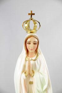 Particolare statua Madonna di Fatima.